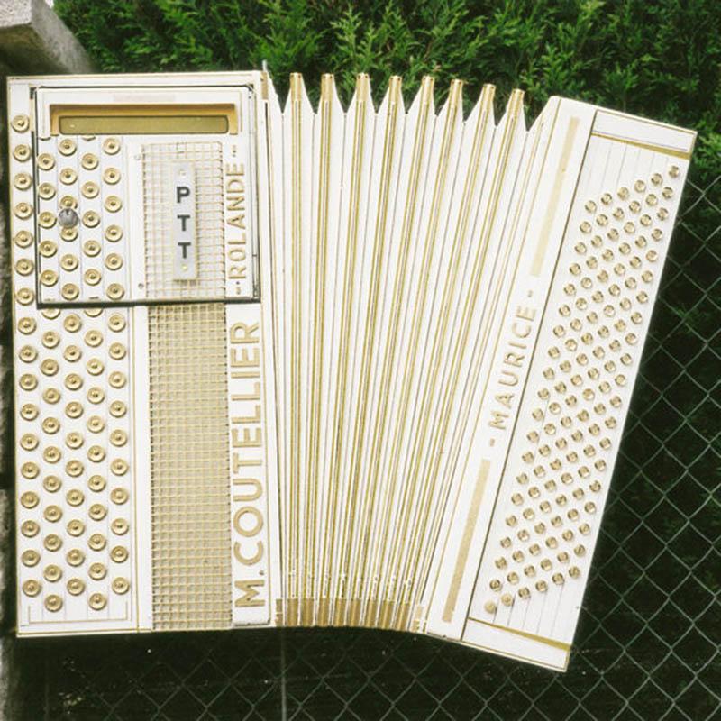 2000 L'accordéon_COUTELLIER