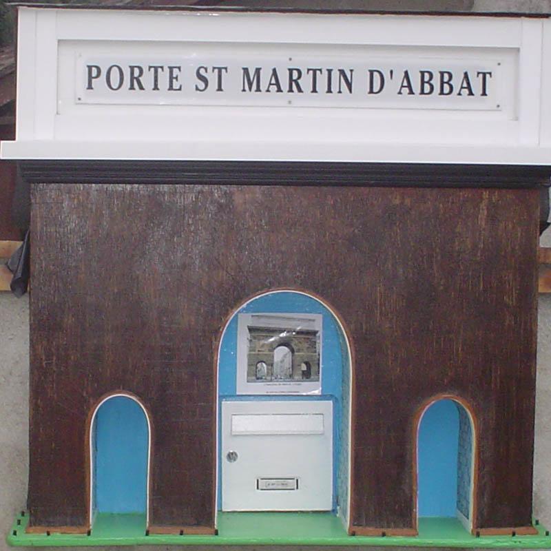 2003 La porte StMartin_LELONG
